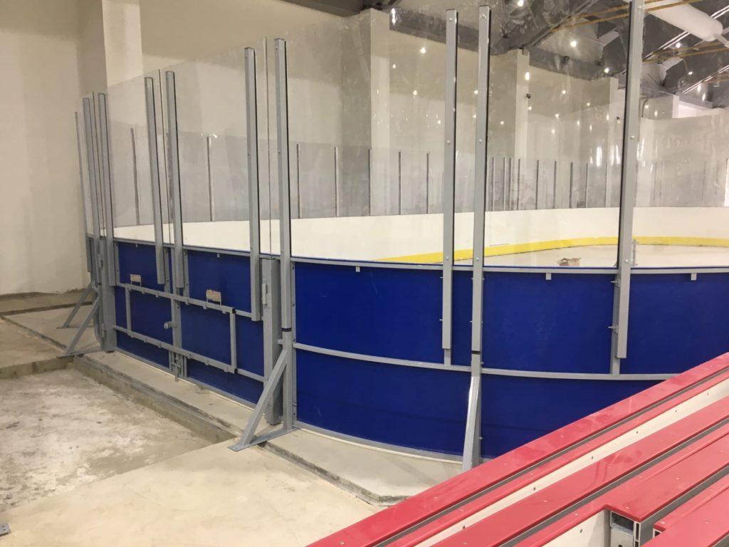 Горки 2 — Хоккейные коробки в ледовом дворце