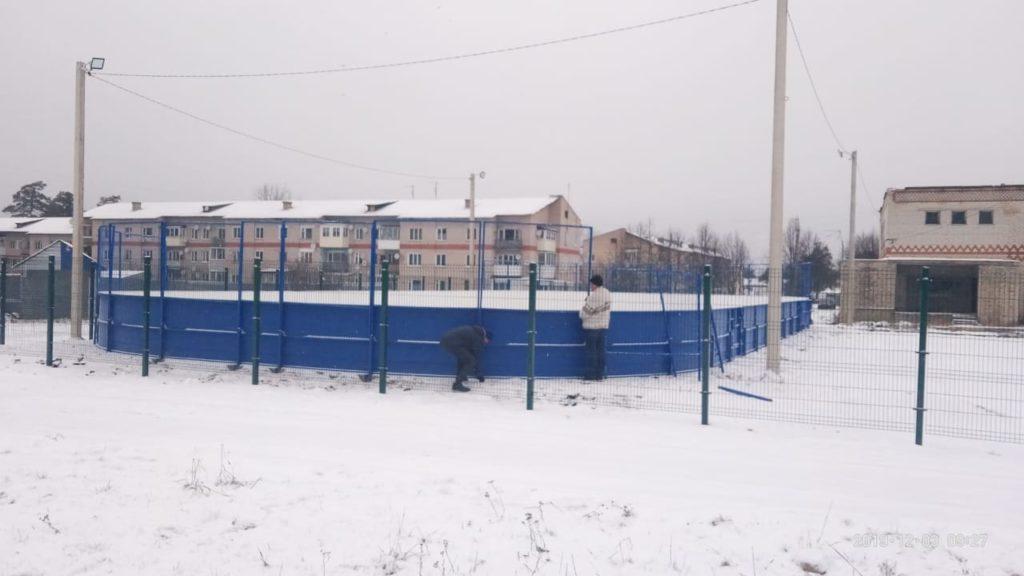 пос. Першино, Владимирская область — Хоккейная коробка